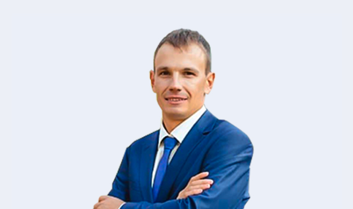Максим Ясницкий